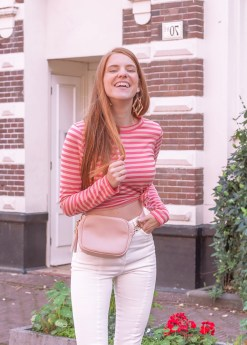 Outfit | Bum Bag & White Jeans - @nakdfashion - #bumbag #nakd #nakdfashion #fannypack #pink #jeans #whitejeans #amsterdam #dutch - Retro Sonja Fashion Blog